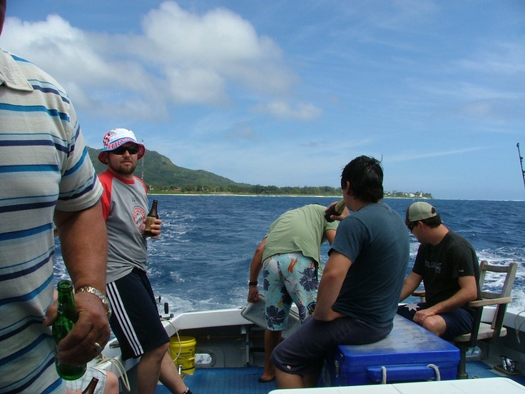 waiting for a hook up in Rarotonga