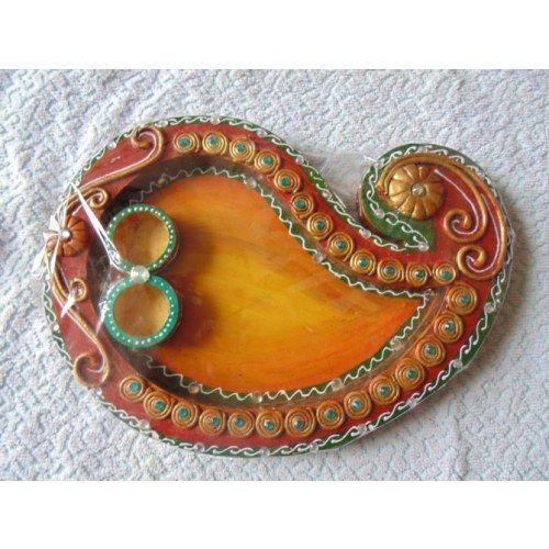 Best 25 diwali pooja ideas on pinterest diwali for Aarti thali decoration with clay
