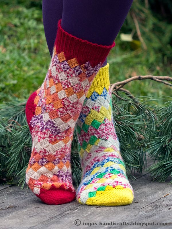 Sokisalakas 2016 vol. 2/ Secret Knitting, Socks