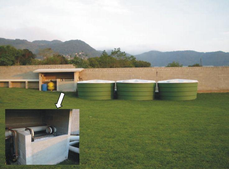O aproveitamento de águas pluviais em edificações não é um conceito recente. No Brasil, foi introduzido pelos norte-americanos, em 1943, com...
