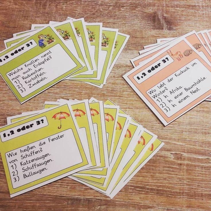 """Spiel 1,2 oder 3- passende Karten im Raum verteilt- SuS positionieren sich. Ein tolles und schnell durchführbares Spiel für Vertretungsstunden oder jegliche Anlässe ist """"1,2 oder 3?"""". Damit ich mir nicht spontan Fragen überlegen muss, habe ich mir Kärtchen mit verschiedenen Fragen zu den Themen """"Tiere"""", """"Pflanzen"""" und """"Allgemeinwissen"""" erstellt #grundschule #grundschulalltag #grundschullehrerin #grundschulliebe"""