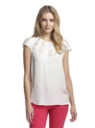 69% OFF Aijek Women's Wonderment Lace Insert Fan Top (White)
