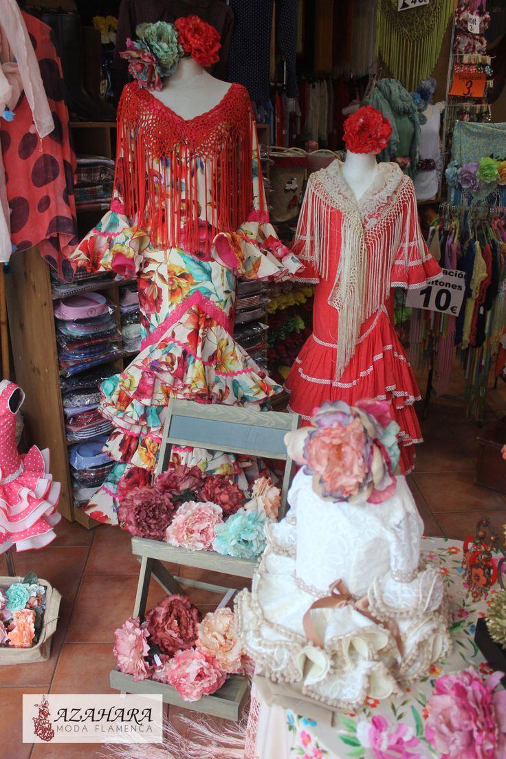 #TrajesDeFlamenca con mucho color, perfectos para #feria de día.   #ModaFlamenca en #Fuengirola