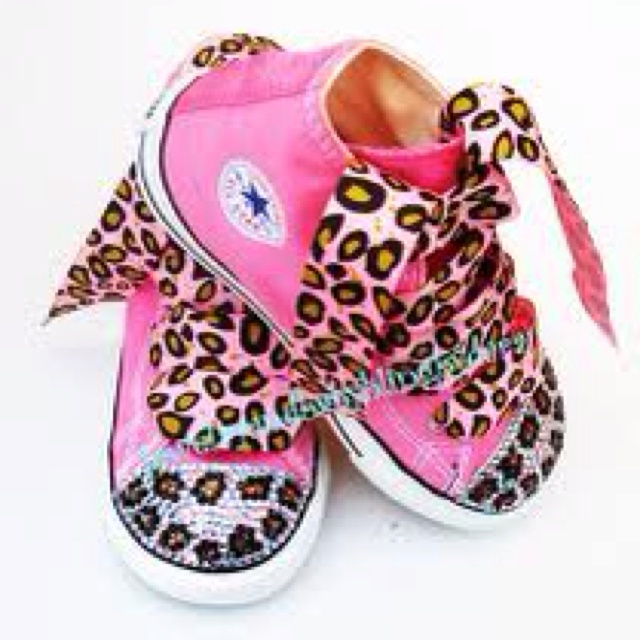 Cute baby bling shoes!Shoes, Chuck Taylors, Little Girls, Blue Leopards, Baby Bling, Infants Toddlers, Baby Girls, Baby Stuff, Toddlers Blue