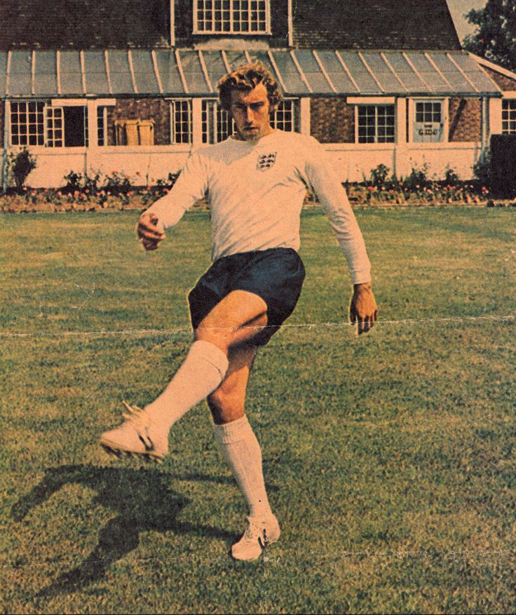 Circa May 1971. Tottenham Hotspur and England centre forward Martin Chivers.