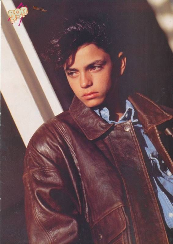 Mike Vitar Leather Jacket Pinup Benny The Jet Rodriguez Cute Actors 90s Actors