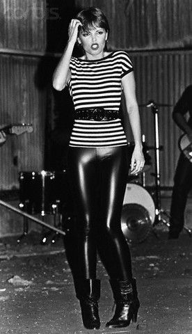 Pat Benatar~We went to all her concerts when she was in town!! https://www.pinterest.com/r60620/80s-fashion/ https://www.pinterest.com/r60620/