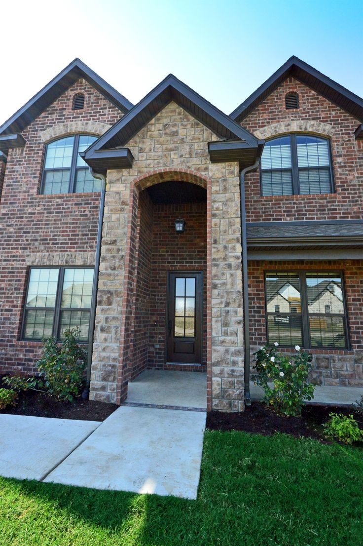 1000 images about exterior colours on pinterest window for Brick style homes