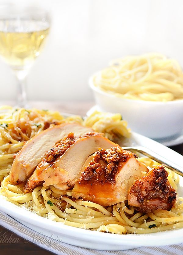 Garlic Butter Spaghetti and Chicken - garlic crusted juicy chicken breast with spaghetti in butter sauce - easy meal in no time - kitchennostalgia.com