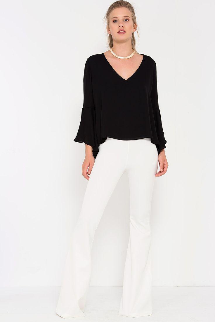 Lidyana Fancy Gal İspanyol Kollu Sırt Dekolteli Siyah Bluz ile tarzını ve…
