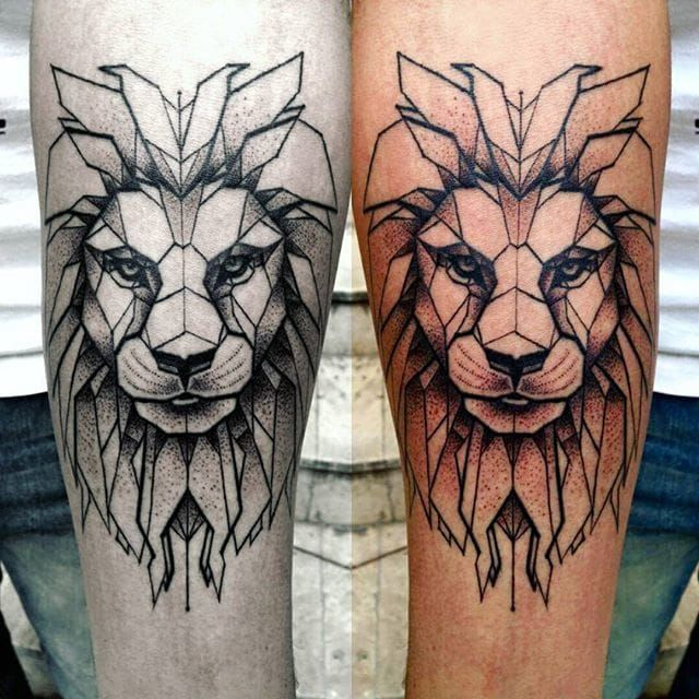 10 Brilliant Geometric Lion Tattoos