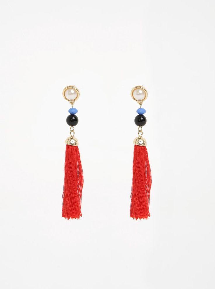 https://www.zoot.ro/articol/358134/cercei-aurii-cu-ciucuri-decorativi-rosii-pieces-lara?category_id=95049