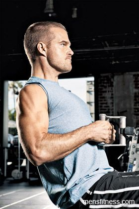Chris O'Donnell all sweaty and working out... Twice as hot!