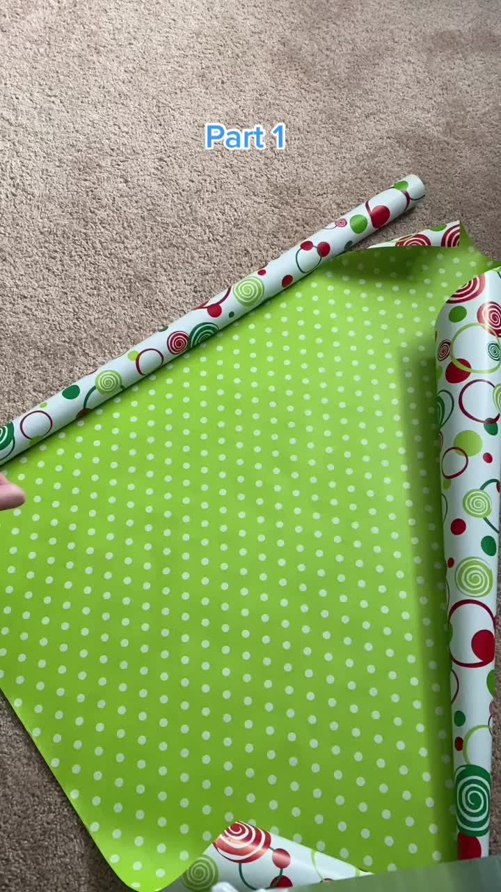 Beeandblooms Beeandblooms On Tiktok Gift Wrapping Hack If You Don T Have A Gift Bag Great Way To Wrap A Bottle Of Wrapping Paper Gift Wrapping Wine Bottle