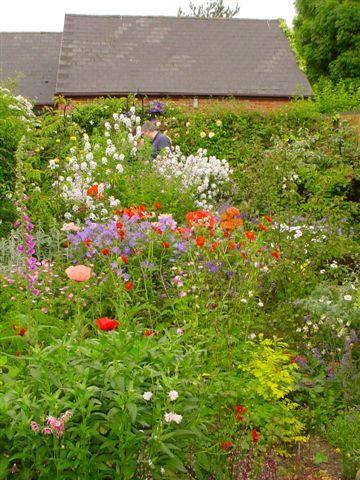 Garden ideas | Books Worth Reading | Cottage garden design ...