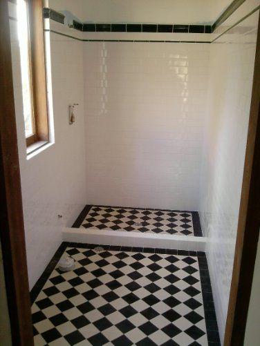 Edwardian Tiles - 100x100 Black and White Checkerboard Bathroom Floor