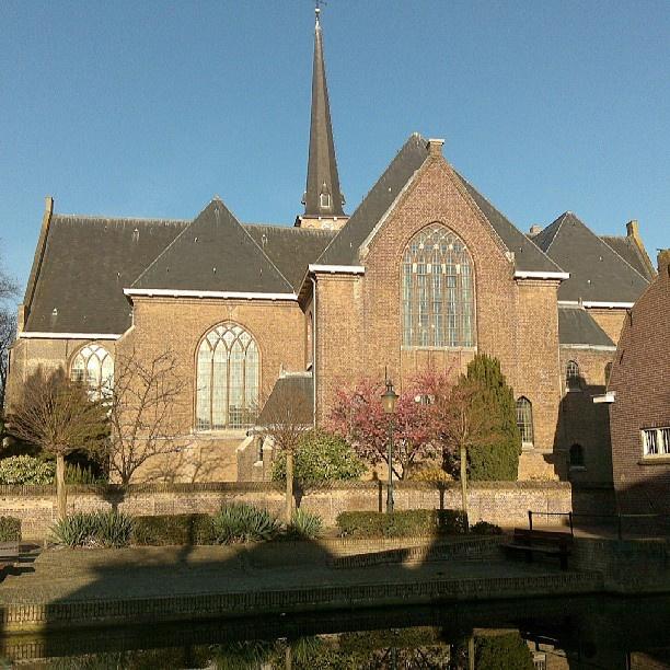 .@zhz0919 NH-kerk Oud-Beijerland