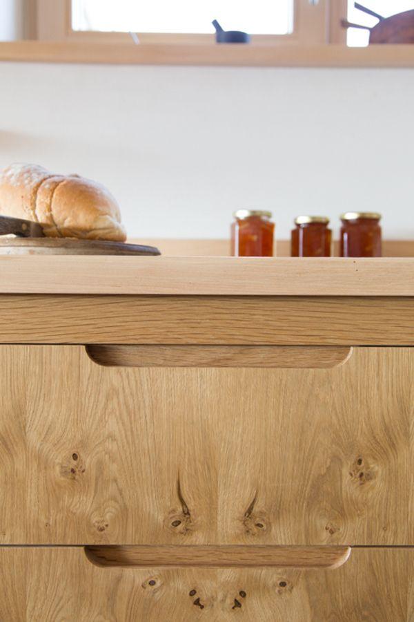 Sustainable Kitchens - Pippy Oak Veneered kitchen. Flat panel Birch plywood…