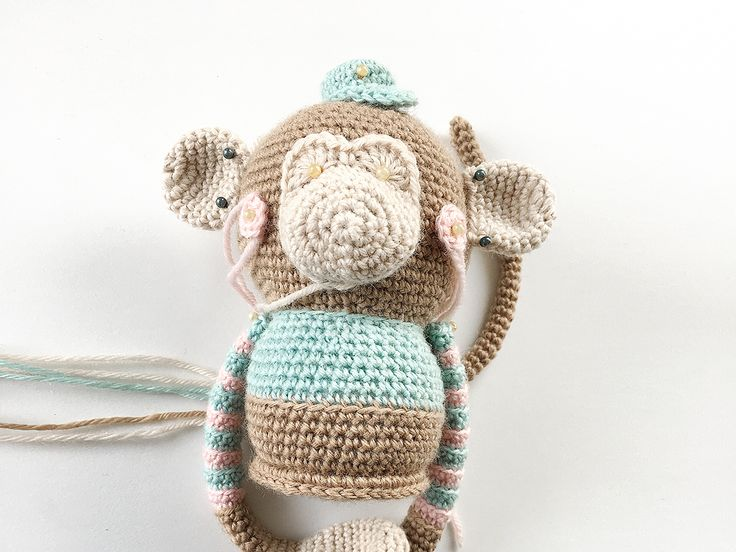 BO BLOB - Free Amigurumi crochet pattern - designed by POLARIPOP - Find Bo and his familiy at http://www.polaripop.com