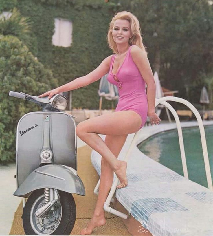 Scooters girl hot photograhp ideas 44