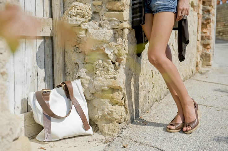 Lilimill wedge and bag