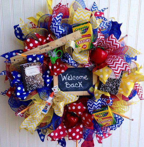 Teacher wreath back to school wreath teacher by MadeForBri on Etsy