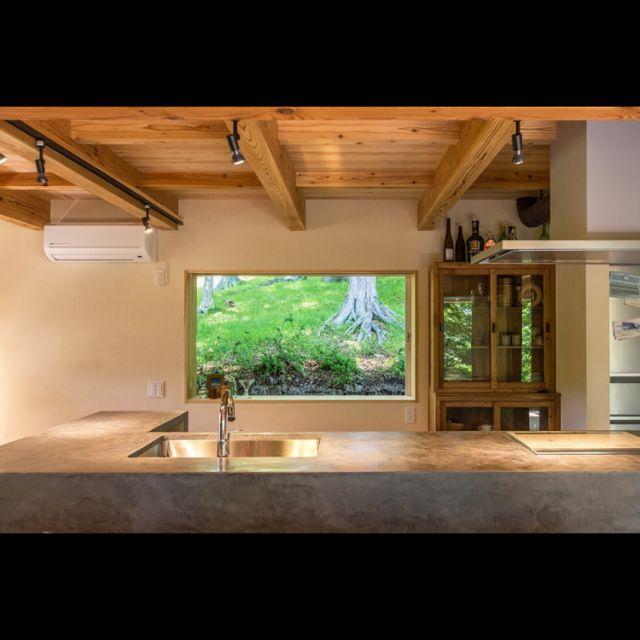 キッチン モルタル造形 窓 モールテックス ピクチャーウィンドウ