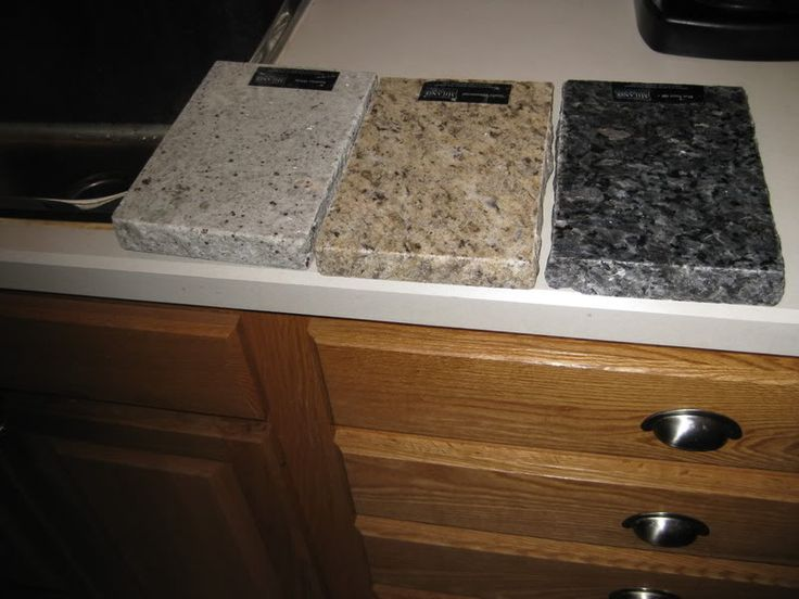Golden oak kitchen cabinets with black countertops for Granite colors for black cabinets