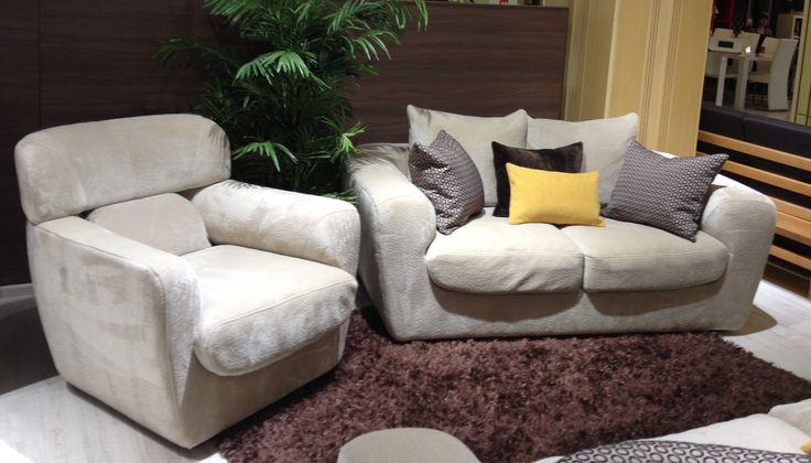 Если Вы любите утонуть в мягком диване - это тот диван, который Вам нужен! Пуховые подушки обеспечат неповторимый уют, а ортопедическое спальное место - полноценный сон. А еще изюминкой этой модели являются полностью съемные чехлы и вы просто можете отдать их в чисту или даже менять их по сезону и настроению! Модульный диван ПАОЛА #RstLineМебель