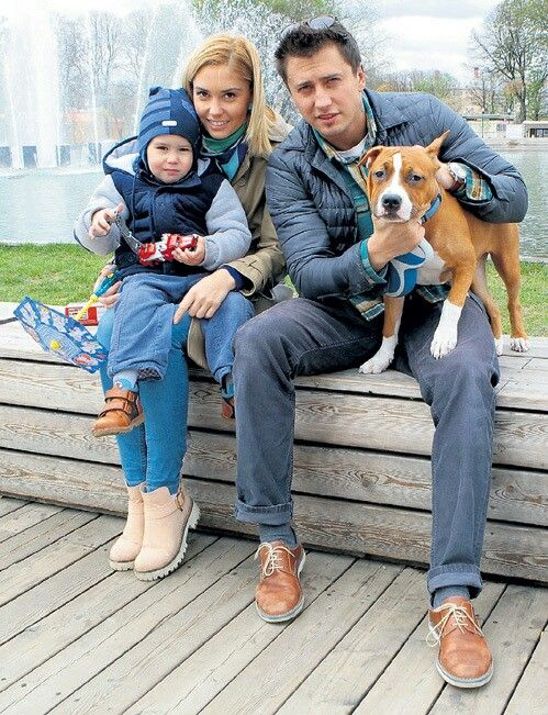 павел прилучный с женой и сыном фото днем рожденья