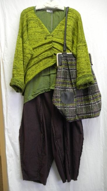 Love the bag and the sweater! photo 6eb6b42d-da2f-42d7-8f20-7025726af0b3_zpsba245ba6.jpg