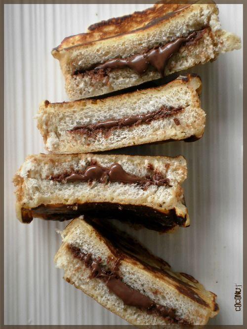 Pain perdu façon Pancakes, fourrés au Nutella