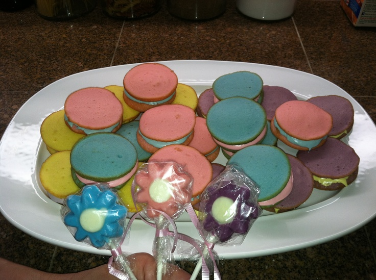 1000+ images about Moon pie creations on Pinterest | Cookie pops ...