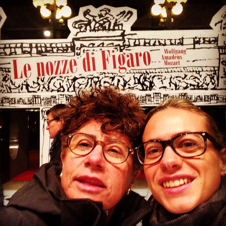 Selfie con Elena prima della Prima delle Nozze di Figaro. Teatro Regio, Torino