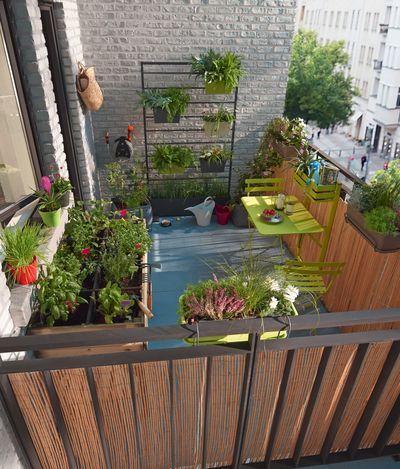 Les 25 meilleures id es de la cat gorie petit balcon sur for Idee deco urbain