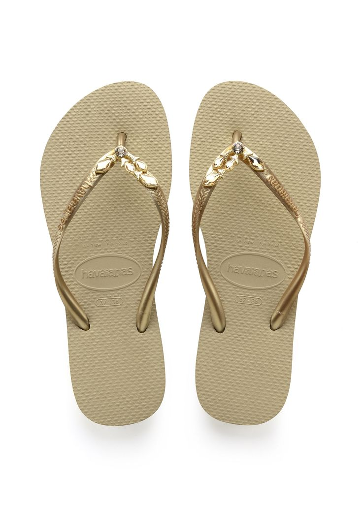 Havaianas Slim Lux Sw Sandal Sand Grey/New Gold  Price From: 75,80$CA  https://flopstore.ca/ca_french/new-arrivals/havaianas-slim-lux-sw-sandal-sand-grey-new-gold.html