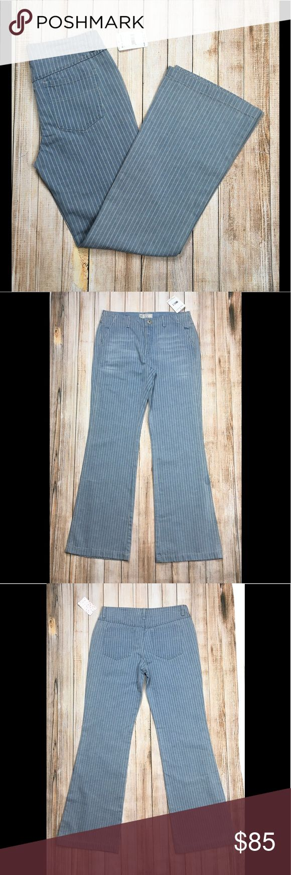 """Free People pinstripe jeans NWT Free People pinstripe jeans. 💙 these so much! Button fly, 10"""" rise, 16"""" waist, 32"""" length, leg opening 10.5"""" at bottom. Perfect for summer, fall...all year round! Pair with almost any shoe imaginable, a crop top, an oversized sweater, you name it. OFFERS ENCOURAGED!  Tags: boho, stripe, denim, high waisted, casual, weekend, festival Free People Jeans Flare & Wide Leg"""