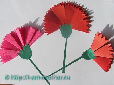 http://i-am-mother.ru/obyomnaya-applikatsiya-tsvetok-gvozdiki/
