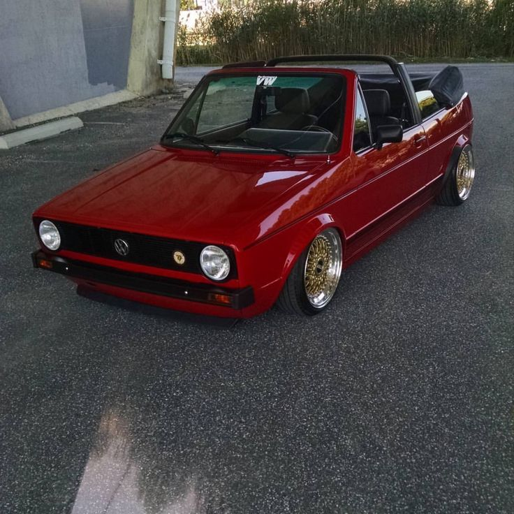1000 ideas about golf 1 cabrio on pinterest vw golf 1 cabrio vw golf mk1 and convertible. Black Bedroom Furniture Sets. Home Design Ideas