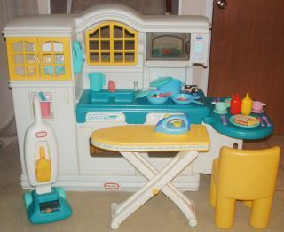 LITTLE TIKES VINTAGE COUNTRY KITCHEN, VACUUM, FOOD & DISHES ...