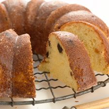 Polish Babka recipe - Love the mix between bread and cake    by kingarthurflour #Bread #Babka #Polish
