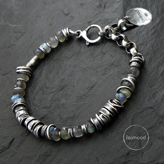 Sterling silver and labradorite bracelet by studioformood on Etsy