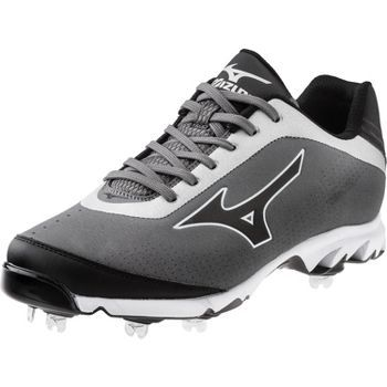 Mizuno Men's 9-Spike Vapor Elite 7 Low Metal Baseball Cleats The Mizuno 9-Spike™ Vapor Elite 7 is a pro model spike designed for speed. The all-metal cleats add traction, stability, and support for th