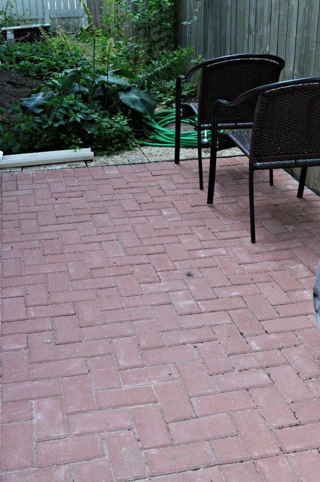 Inspired Wives: How To Build A Brick Patio (DIY Style)