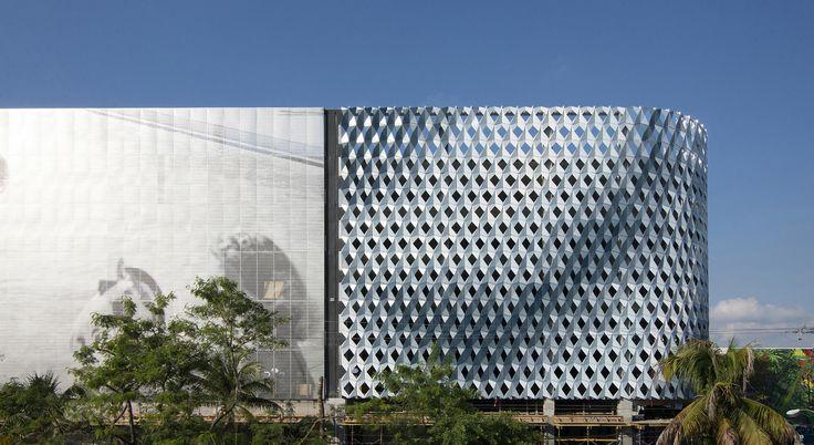 Gallery of City View Garage in the Miami Design District / IwamotoScott - 1