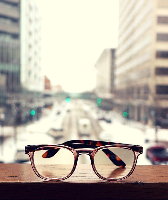 12daa8734f I Heart Eyewear offers stylish reading glasses