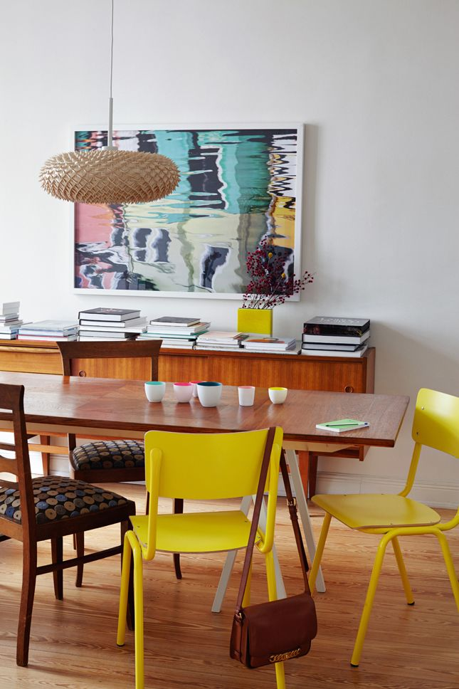 Best 196 retro mid century modern images on pinterest for Retro dining room ideas