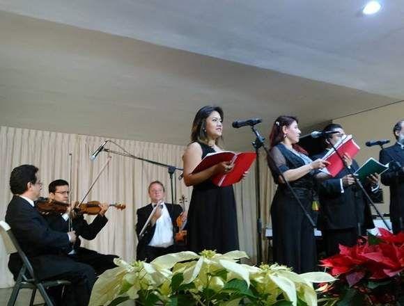 Cantantes de opera y ( o ) coros