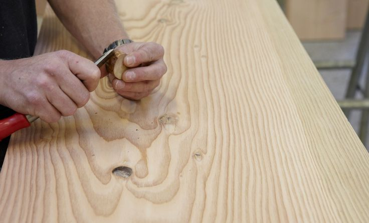 Knots are an inherent part of a Dinesen plank floor. Knots are what is left of the trees branches and thereby a part of nature as well as a Dinesen plank floor.