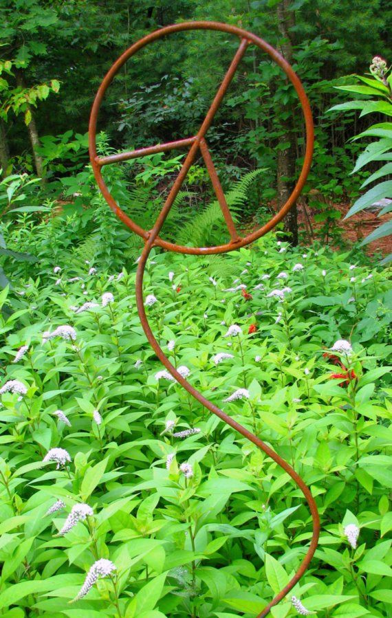 Curvy Peace Sign Outdoor Metal Garden Sculpture❤️